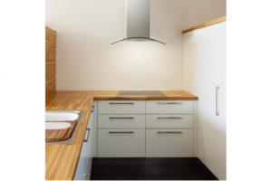 cocina con la campana extractora Klarstein TK15-Hotspot-A